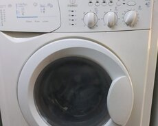 Front Avtomatik Washing Machine Indesit 5 kg.